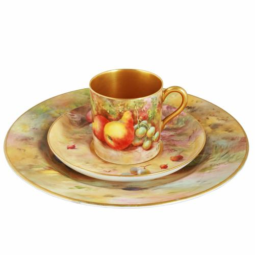 Royal Worcester Fruit Cup Saucer & Plate (1 of 9)