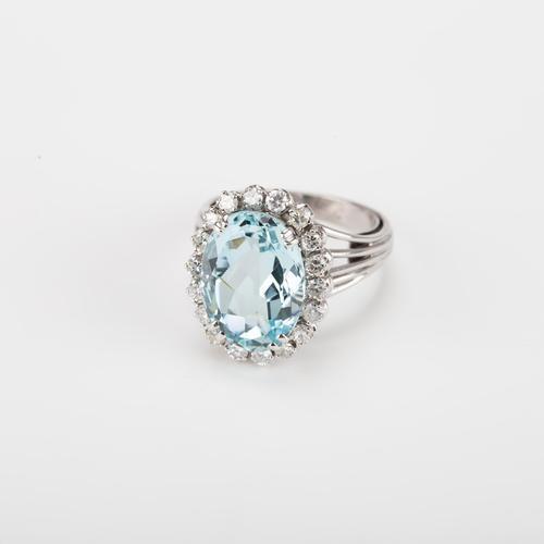Vintage 5.75 Carat Aquamarine & 0.72 Carat Diamond Cluster Engagement Ring c.1960 (1 of 5)
