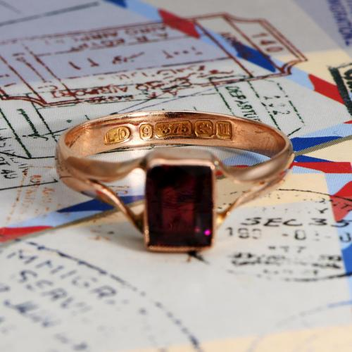 The Antique 1919 Rose Gold Garnet Ring (1 of 5)