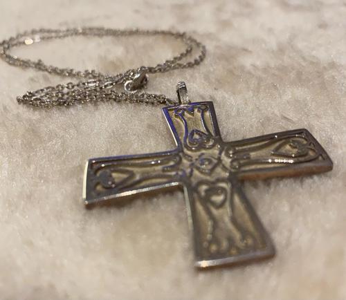 Silver Celtic Cross (1 of 4)