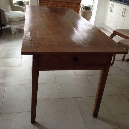 Farmhouse Table (1 of 2)