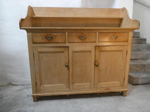 Scottish 19th Century Pine Dresser (1 of 9)
