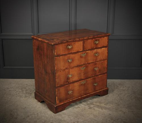 Queen Anne Walnut Chest of Drawers C.1710 (1 of 12)