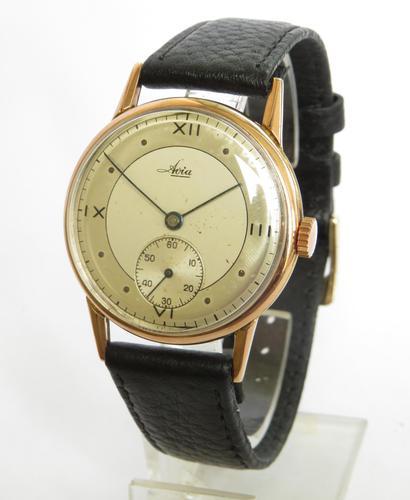 Gents 9ct Gold Avia Wrist Watch, 1947 (1 of 5)