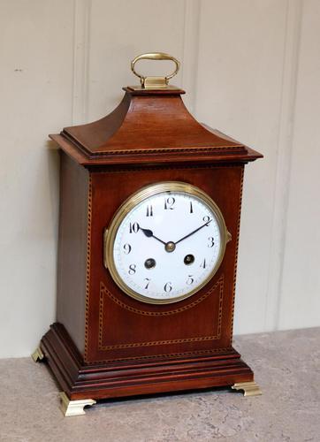 Mahogany Pagoda Style Mantel Clock (1 of 12)