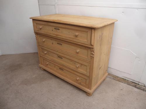 Massive Victorian Antique Pine 4 Drawer Chest of Drawers to wax / paint (1 of 12)