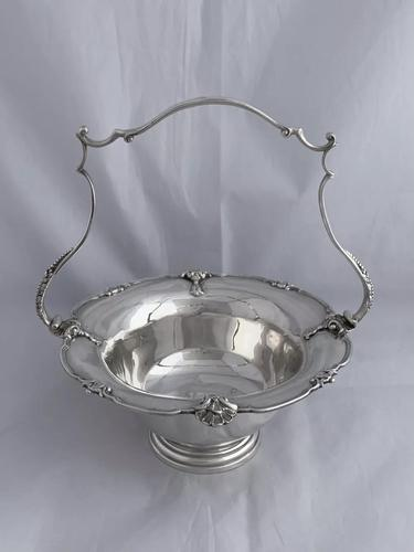 Large Antique Silver Bread Or Fruit Bowl 1929 London, Goldsmiths & Silversmiths (1 of 12)