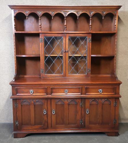Wood Bros Old Charm Oak Dresser Tudor Brown (1 of 11)