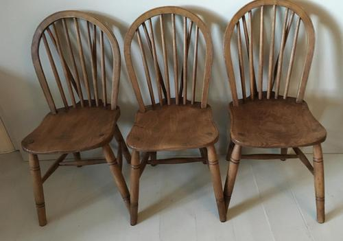 Set of Three Hoop Back Windsor Chairs (1 of 5)