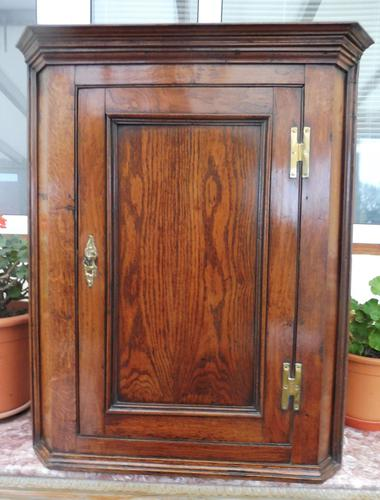 Country Oak Formal Hanging Corner Cupboard 1760 (1 of 10)