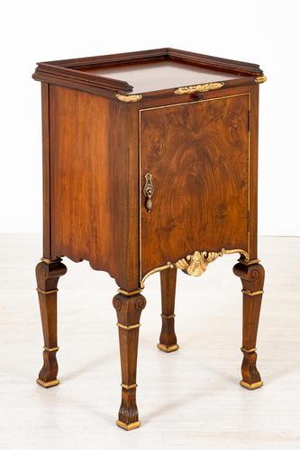Walnut Queen Anne Style Bedside Cabinet c.1920 (1 of 14)