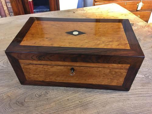 Collectors Box IN Rosewood And Birdseye Maple (1 of 7)