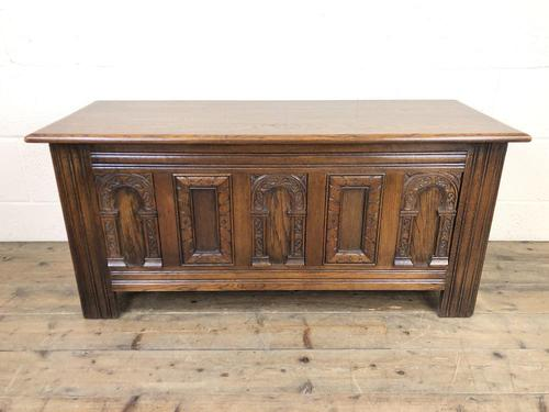 Early 20th Century Antique Carved Oak Blanket Box (1 of 9)