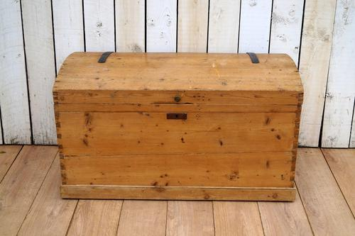 Pine Dome Top Trunk (1 of 9)