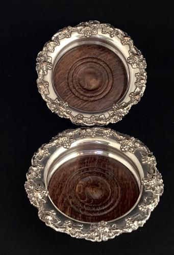 Pair of Victorian Silver Plate on Copper Bottle Coasters (1 of 6)