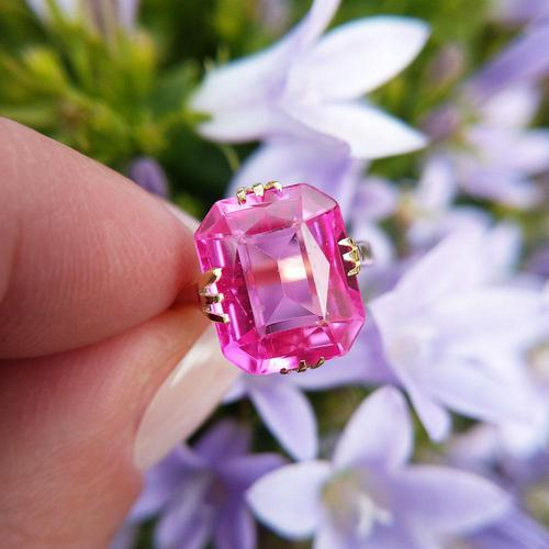 Art Deco 18ct Gold Synthetic Pink Sapphire Cocktail Ring (1 of 8)