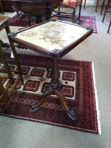 Victorian Rosewood Quality Lamp Table (1 of 9)