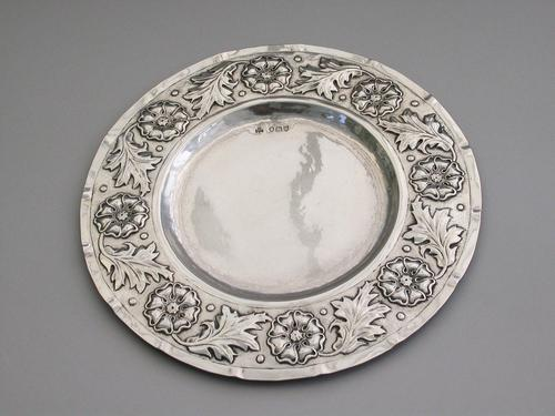 Victorian Arts & Crafts Hand Raised Silver Exhibition Dish by W G Connell, London, 1893 (1 of 10)