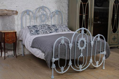 Lovely Rare Early Victorian Iron Double Bed (1 of 1)