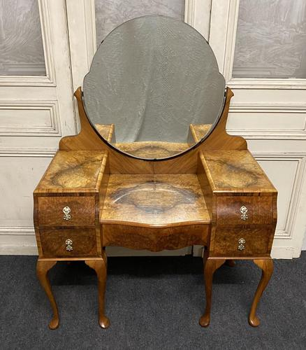 Quality Burr Walnut Dressing Table (1 of 22)