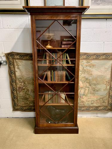 Late Victorian Bookcase with Glazed Door & Adjustable Shelves (1 of 7)