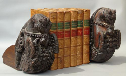 Good Pair of 18th Century Indian Carved Horse Head Bookends (1 of 9)