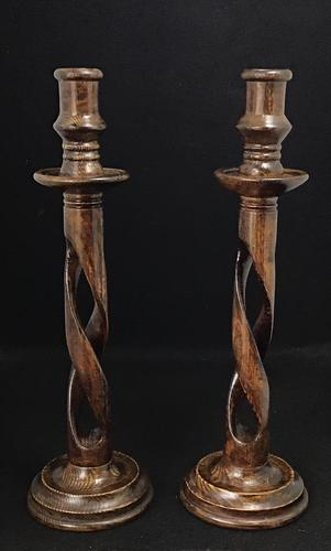 Pair of Arts & Crafts Oak Open / Barley Twist Candlesticks (1 of 10)