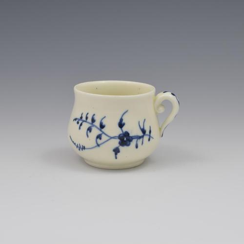 French Chantilly Soft Paste Porcelain Custard Cup c.1750 (1 of 7)