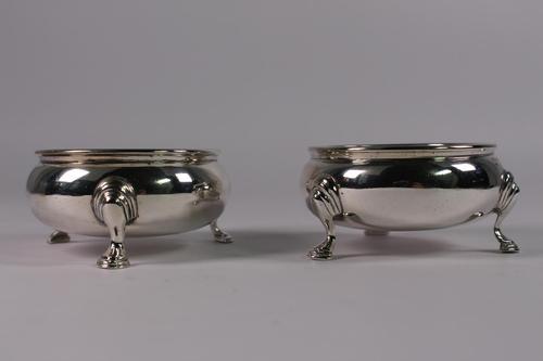 Pair of George V Silver Bun Salts (1 of 3)