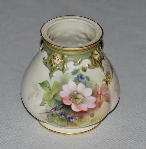 1908 - Royal Worcester - Hand Painted Ovoid Shaped Small Vase - Signed Cole (1 of 9)