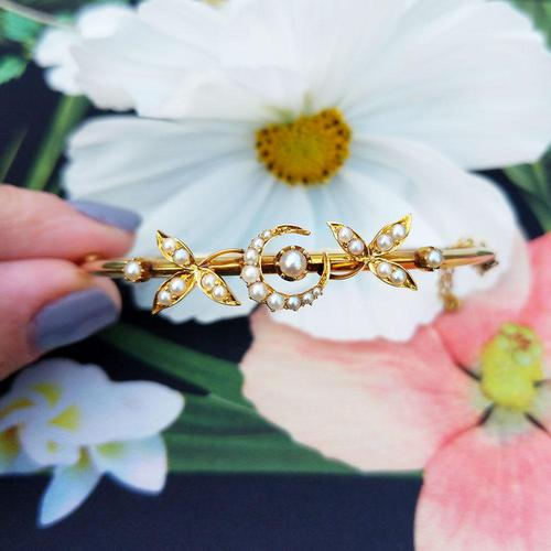Vintage 14ct Yellow Gold Crescent Moon Pearl Bangle (1 of 8)