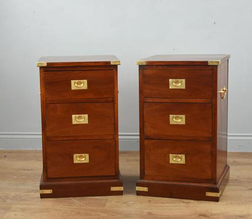 Superb Antique Pair of Mahogany Campaign Bedside Chests of Drawers (1 of 5)