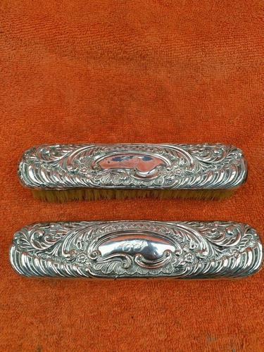 2 x Antique Sterling Silver Hallmarked Clothes Brush 1905 Williams (birmingham) Ltd (1 of 8)