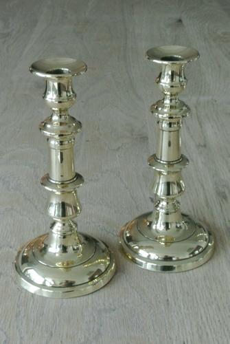 """Good Pair of Victorian Brass Candlesticks c.1860 Round Base 8.5"""" - Polished (1 of 5)"""