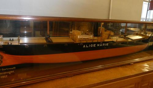Large Model Ship SS Alice Marie London (1 of 10)