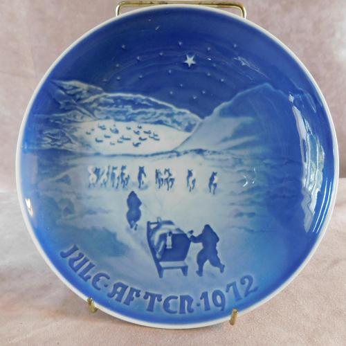 "Bing & Grondahl Christmas plate ""Christmas in Greenland ""1972 (1 of 3)"