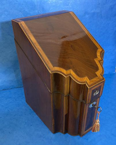 18th Century Mahogany Inlaid Stationary Box (1 of 13)