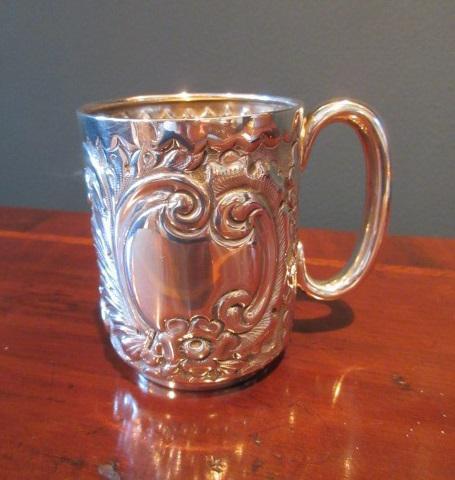 Edwardian Solid Silver Christening Mug (1 of 7)