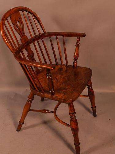 Yew Wood low Windsor Chair Rockley Maker (1 of 10)