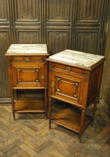 Pair of French Oak Bedside Cabinets (1 of 6)