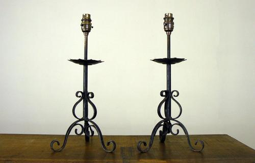 Pretty Little Vintage Wrought Iron Table Lamp - We Have 10 (1 of 9)