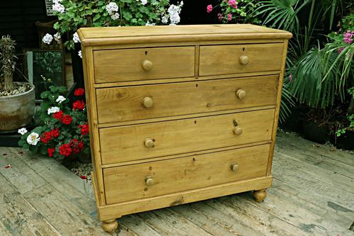 Fabulous & Very Large Old Victorian Pine Chest of Drawers (1 of 8)