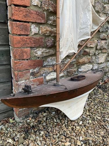 Antique Pond Yacht (1 of 10)