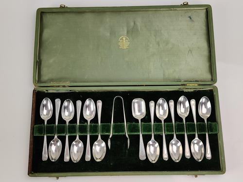 Boxed Set of Silver Tea Spoons (1 of 8)