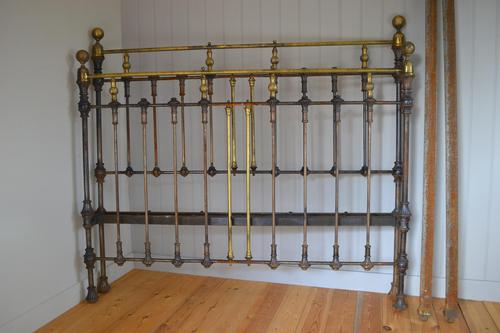 Victorian Brass & Iron King Size 5ft Antique Bed Frame - Fully Restored in Your Choice of Colour (1 of 15)