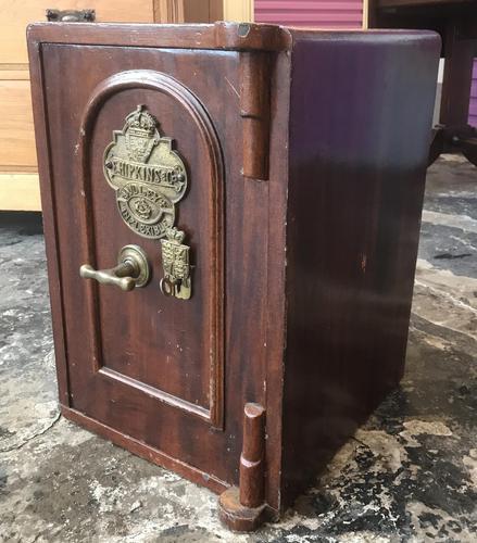 Antique Hopkins Birmingham Cast Iron Compact Safe with 2 Keys (1 of 9)