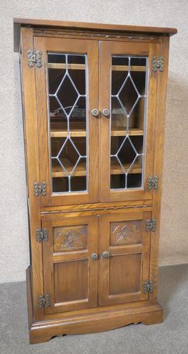 Wood Bros Old Charm Oak Hi Fi Cabinet (1 of 12)