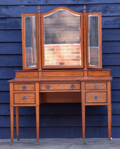 Exceptional Quality Edwardian Satinwood Dressing Table with Mirrors c.1901 (1 of 14)