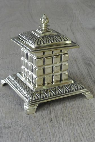 Fine William Tonks & Sons Aesthetic Movement Brass Inkwell with Liner c.1880 (1 of 5)