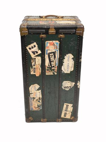 Vintage Steamer Trunk Luggage Case Harrison and  Co New York (1 of 28)